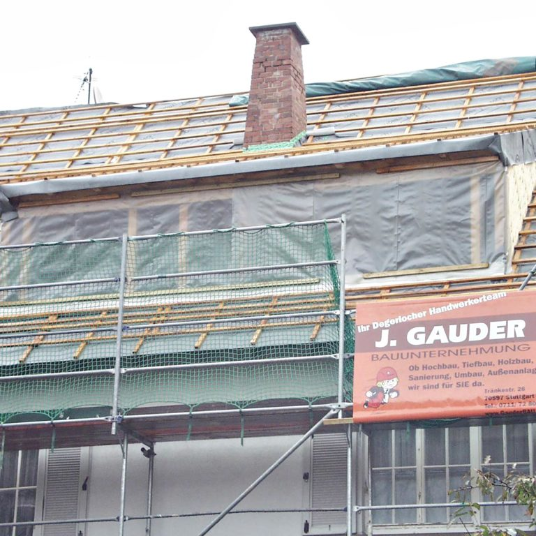 Gauder-bau-stuttgart-Holzbau Dachgaube Bär Degerloch 07.2002-05