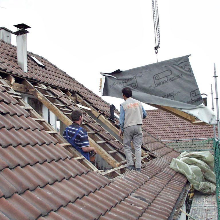 Gauder-bau-stuttgart-Holzbau Gauben vorgefertigt als Fertigstücke Montage 1Tag Fischer Degerloch 06.2002-04